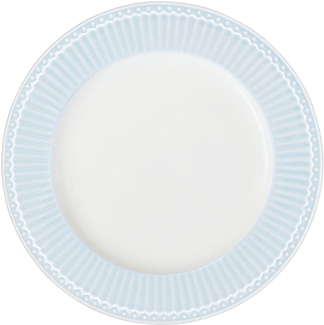Блюдо Alice pale blue , выполненное из высококачественного фарфора, может исполнять роль сервировочной тарелки, а также использоваться самостоятельно – как блюдо для овощей, фруктов, различных нарезок.