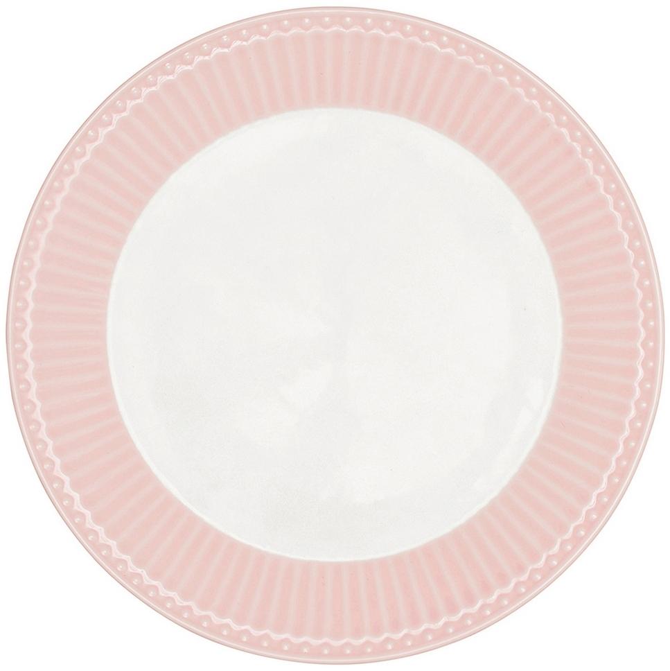 Тарелка датского производства Alice pale pink, выполненная из высококачественного фарфора, несомненно, станет украшением как праздничного стола, так и повседневной сервировки.  Базовая коллекция Alice создана для идеального сочетания посуды ранних и будущих коллекций Greengate. Впервые появилась в каталогах в 2016 году и с тех пор завоевала миллионы сердец своей универсальностью, насыщенными цветами и разнообразием посудной линейки. Alice dark blue – настоящая находка для тех, кто хочет освежить сервировку, придать ей благородные нотки классическим и глубоким синим цветом. Разнообразие предметов посуды в линейке позволяет коллекции быть как базой, так и связующим звеном с цветочными орнаментами коллекций Amanda indigo, Audrey indigo, Sally и с др.