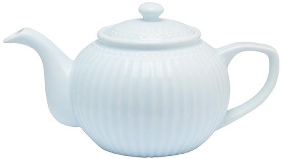Чайник заварочный Alice, цвет: голубой, 1 лSTWTEPAALI2904Одно из центральных мест каждой кухни занимает его величество, Чайник. Классическая форма, мягкие изгибы и высококачественный материал чайника Alice dark blue превратят каждое чаепитие в красивую церемонию. А чайные пары и чашки из коллекции Alice гармонично дополнят сервировку. Базовая коллекция Alice создана для идеального сочетания посуды ранних и будущих коллекций Greengate. Впервые появилась в каталогах в 2016 году и с тех пор завоевала миллионы сердец своей универсальностью, насыщенными цветами и разнообразием посудной линейки. Alice dark blue – настоящая находка для тех, кто хочет освежить сервировку, придать ей благородные нотки классическим и глубоким синим цветом.