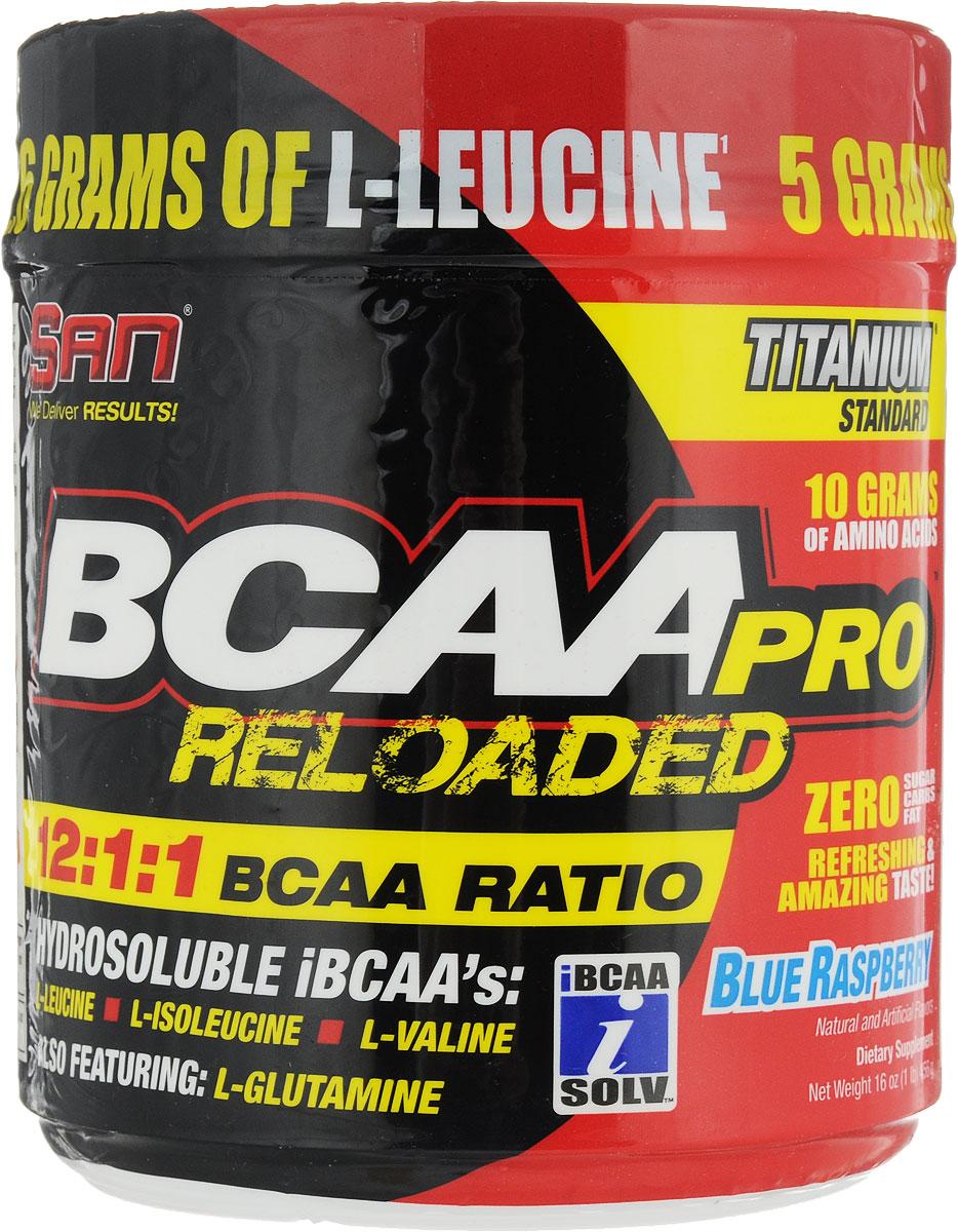 Комплекс аминокислот SAN BCAA-Pro Reloaded, ежевика, 456 г0050935% мышечной ткани состоит из BCAA (аминокислот с разветвленной цепью валина, лейцина и изолейцина). До 25% всей энергии при выполнении упражнений берется из BCAA. Эти аминокислоты относятся к незаменимым, а это значит, что мы должны их получать вместе с пищей и добавками. Они отличаются от других аминокислот тем, что поступают непосредственно в мышцы, а не перерабатываются печенью. Тренировки истощают запасы BCAA в организме, поэтому, чтобы компенсировать эту нехватку, BCAA принимают перед и после тренировки. Основная функция BCAA - восстанавливать после физических нагрузок.Особенности SAN BCAA-Pro Reloaded:Способствует натуральной выработке тестостерона.В 10 раз более выраженный анаболический потенциал.Резко улучшает восстановление.Усиливает рост мышечной массы и производительности.Более биодоступен.Более растворим в воде.Как повысить эффективность тренировок с помощью спортивного питания? Статья OZON Гид