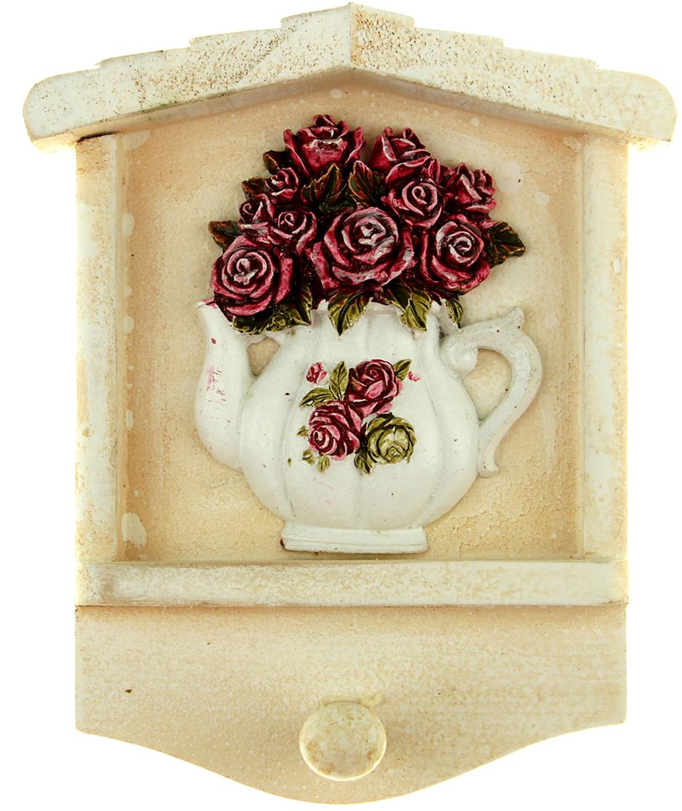 Крючок декоративный Розы в чайничке, цвет: белый, мультиколор843025Если вы привыкли к тому, чтобы в доме царил порядок, и каждая вещь находилась на предназначенном ей месте, то наверняка оцените такие простые и удобные аксессуары, как крючки. На них можно повесить самые разные мелочи: от ключей до прихватки. Они порадуют своим дизайном и практичностью. Постоянно теряете ключи, когда куда-то торопитесь? Тогда этот товар — именно то, что вам нужно! Каковы его достоинства? Экономия времени на поиск ключей, ведь вам больше не придётся их терять. Комфортное хранение ещё и других важных мелочей, которые любят пропадать. Порядок и сохранность ваших вещей. Это незаменимый помощник и стильный предмет декора прихожей. Ключница — полезная вещь, которая позволяет поддерживать порядок в доме.