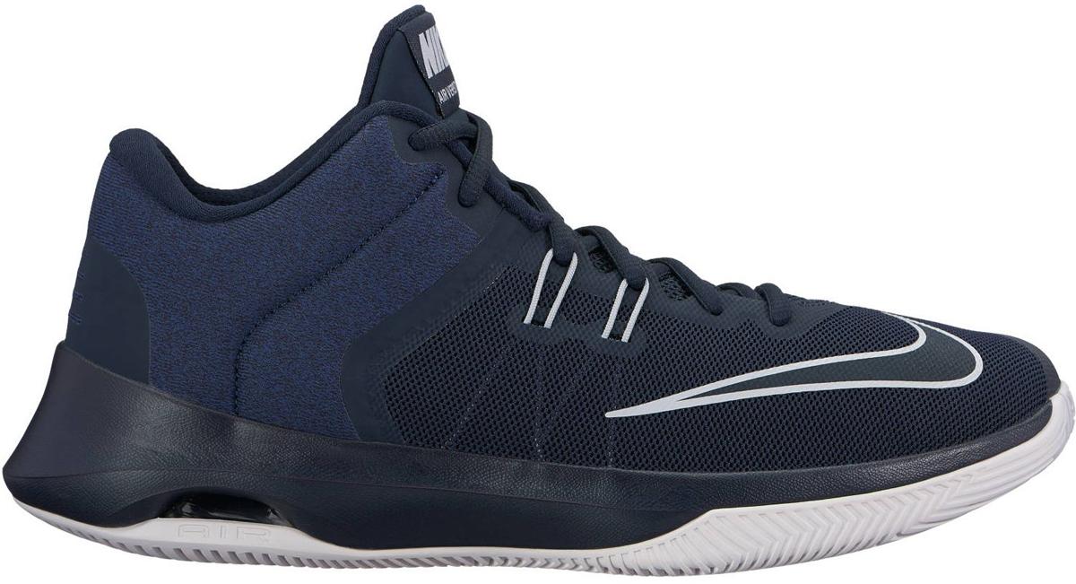 Кроссовки для баскетбола мужские Nike Air Versitile II Basketball Shoe, цвет: синий. 921692-401. Размер 13 (46,5)921692-401Мужские баскетбольные кроссовки Nike Air Versatile II созданы для универсальных игроков, которым в первую очередь нужны комфорт, фиксация и амортизация. Нити Flywire стабилизируют среднюю часть стопы, а область пятки из первоклассного ультрамягкого текстиля с подкладкой из пеноматериала обеспечивает фиксацию. Видимая вставка Air-Sole обеспечивает легкость и амортизацию. Нити Flywire для стабилизации и фиксации. Превосходный текстильный материал создает ощущение невероятной мягкости и комфорта в области пятки. Улучшенная резиновая подметка с зигзагообразным рисунком обеспечивает надежное сцепление.