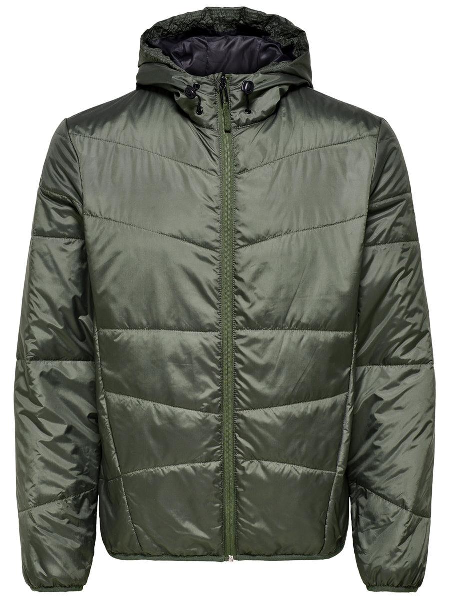 Куртка мужская Only & Sons, цвет: зеленый. 22008597_Thyme. Размер L (50)22008597_ThymeСтильная мужская куртка Only & Sons выполнена из стеганого полиэстера. В качестве наполнителя используется синтепон. Модель застегивается на молнию, имеет длинные рукава, воротник-стойку и капюшон со стягивающим шнурком.