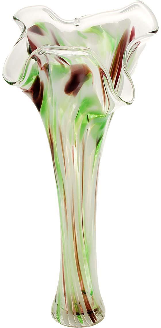 Ваза Волна, цвет: зеленый, 40 см. 10253281025328Ваза - не просто сосуд для букета, а украшение убранства. Поставьте в неё цветы или декоративные веточки, и эффектный интерьерный акцент готов! Стеклянный аксессуар добавит помещению лёгкости. Ваза Волна зелёно-марганцевая преобразит пространство и как самостоятельный элемент декора. Наполните интерьер уютом! Каждая ваза выдувается мастером. Второй точно такой же не встретить. А случайный пузырёк воздуха или застывшая стеклянная капелька на горлышке лишь подчёркивают её уникальность.
