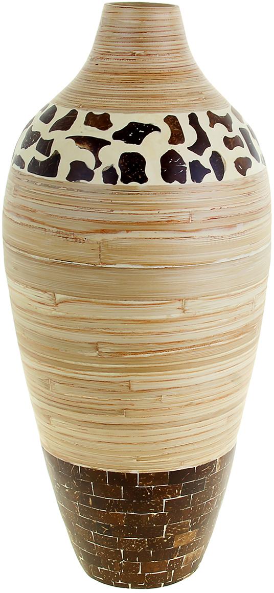Ваза Лео, цвет: бежевый, 56 см1044806Невероятной красоты Ваза Лео, узкая выполнена вручную искусными ремесленниками экзотического Вьетнама. Поражает то, как автор совмещает материалы: сама ваза выполнена из натурального бамбука и инкрустирована частичками кокосового ореха. Прекрасное изделие, которое будет не только оригинальным предметом интерьера, но и настоящей гордостью для ценителя азиатской культуры. Преподнесите её молодожёнам на пятилетнюю годовщину свадьбы, а также даме на 8 Марта или День рождения. Пусть частичка загадочной страны украсит Ваш интерьер! Не желательно в вазу наливать воду, так как она плохо переносит сырость из-за отсутствия лака на внутренних стенках. Отлично подойдет в качестве украшения дома или офиса, а также под декоративные цветы.