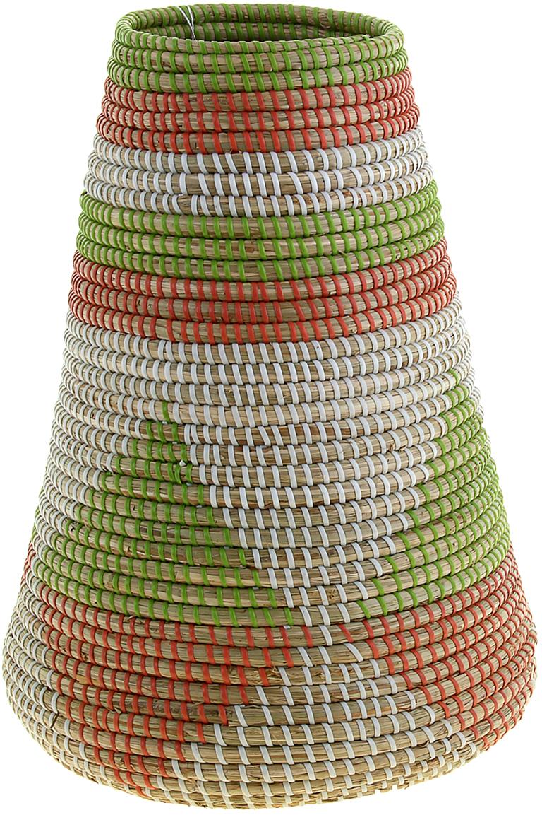 Ваза плетеная Динь, цвет: зеленый, 45 см1047889Это не просто ваза – это настоящее произведение искусства. Вьетнамские ремесленники долго и кропотливо, стежок за стежком, плели эту невероятную экзотическую вазу из настоящих морских водорослей. Вы только взгляните: ровный рисунок, чёткие линии, приятные тона - чувствуется опытная рука мастера. Пусть эта роскошная Ваза плетеная Динь станет приятным подарком ценителю плетёных изделий, коллекционеру экзотических аксессуаров или даме с завидным вкусом. Разместите её в комнате на самом видном месте, создайте композицию с декоративными ветками, сухоцветами, чтобы привнести ощущение легкости, изящества и тепла. Ведь известно, что уют проявляется в деталях. Так как ваза плетёная в неё нельзя наливать воду или любую другую жидкость.