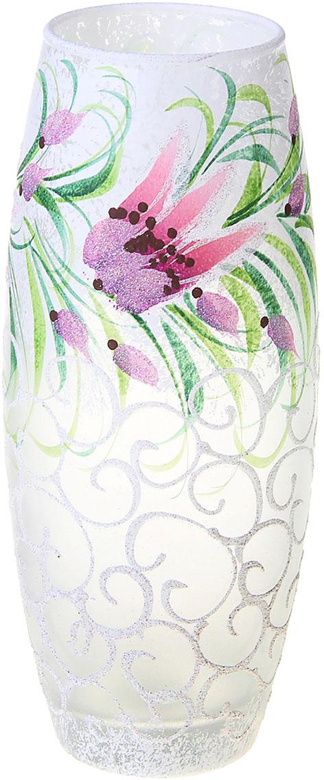 Ваза Дикие цветы, цвет: белый, 25 см1072846Ваза - не просто сосуд для букета, а украшение убранства. Поставьте в неё цветы или декоративные веточки, и эффектный интерьерный акцент готов! Стеклянный аксессуар добавит помещению лёгкости.Ваза Дикие цветы, овальная преобразит пространство и как самостоятельный элемент декора. Наполните интерьер уютом!Каждая ваза выдувается мастером. Второй точно такой же не встретить. А случайный пузырёк воздуха или застывшая стеклянная капелька на горлышке лишь подчёркивают её уникальность.