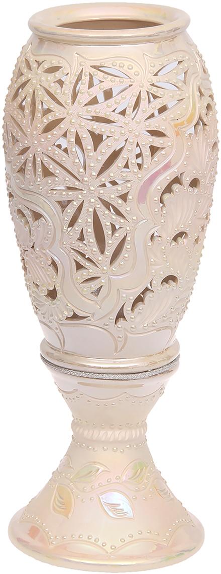 Ваза напольная Керамика ручной работы Эрика, цвет: розовый, резка1120172Ваза - сувенир в полном смысле этого слова. И главная его задача - хранить воспоминание о месте, где вы побывали, или о том человеке, который подарил данный предмет. Преподнесите эту вещь своему другу, и она станет достойным украшением его дома. Каждому хозяину периодически приходит мысль обновить свою квартиру, сделать ремонт, перестановку или кардинально поменять внешний вид каждой комнаты. Ваза - привлекательная деталь, которая поможет воплотить вашу интерьерную идею, создать неповторимую атмосферу в вашем доме.