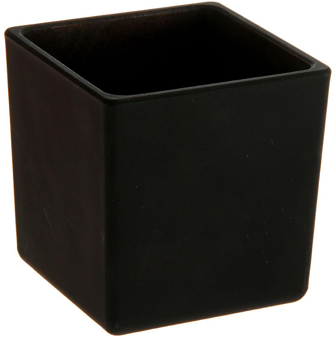 Ваза Evis Пять вечеров, цвет: черный, 0,25 л. 11698771169877Ваза - не просто сосуд для букета, а украшение убранства. Поставьте в неё цветы или декоративные веточки, и эффектный интерьерный акцент готов! Стеклянный аксессуар добавит помещению лёгкости. Ваза Пять вечеров чёрная, матовая, квадрат 0,25 л преобразит пространство и как самостоятельный элемент декора. Наполните интерьер уютом! Каждая ваза выдувается мастером. Второй точно такой же не встретить. А случайный пузырёк воздуха или застывшая стеклянная капелька на горлышке лишь подчёркивают её уникальность.