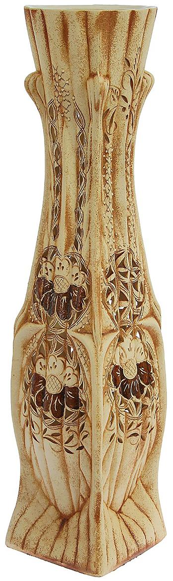 Ваза напольная Керамика ручной работы Жасмин, цвет: бежевый1239769Это ваза - отличный способ подчеркнуть общий стиль интерьера. Существует множество причин иметь такой предмет дома. Вот лишь некоторые из них: Формирование праздничного настроения. Можно украсить вазу к Новому году гирляндой, тюльпанами на 8 марта, розами на день Святого Валентина, вербой на Пасху. За счёт того, что это заметный элемент интерьера, вы легко и быстро создадите во всём доме праздничное настроение. Заполнение углов, подиумов, ниш. Таким образом можно сделать обстановку более уютной и многогранной. Создание групповой композиции. Если позволяет площадь пространства, разместите несколько ваз так, чтобы они сочетались по стилю или цветовому решению. Это придаст обстановке более завершённый вид. Подходящая форма и стиль этого предмета подчеркнут достоинства дизайна квартиры. Ваза может стать отличным подарком по любому поводу, ведь такой элемент интерьера практичен и способен каждый день создавать хорошее настроение!