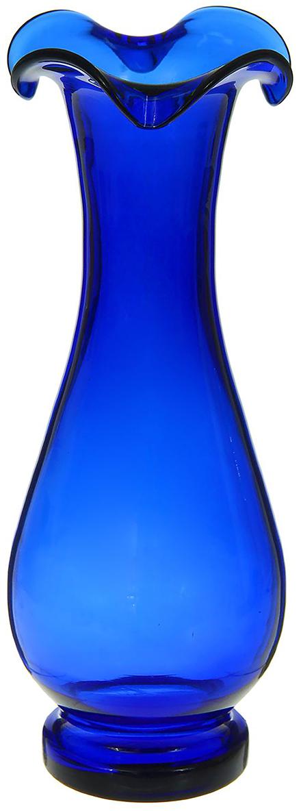 Ваза Фигурная, цвет: синий, 30 см. 12982461298246Ваза - не просто сосуд для букета, а украшение убранства. Поставьте в неё цветы или декоративные веточки, и эффектный интерьерный акцент готов! Стеклянный аксессуар добавит помещению лёгкости. Ваза Фигурная синяя преобразит пространство и как самостоятельный элемент декора. Наполните интерьер уютом! Каждая ваза выдувается мастером. Второй точно такой же не встретить. А случайный пузырёк воздуха или застывшая стеклянная капелька на горлышке лишь подчёркивают её уникальность.