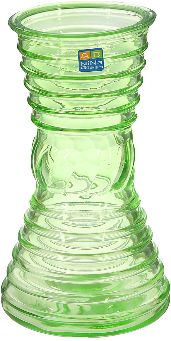 Ваза NiNa Glass Грейс, цвет: зеленый, 19 см1329663Ваза - сувенир в полном смысле этого слова. И главная его задача - хранить воспоминание о месте, где вы побывали, или о том человеке, который подарил данный предмет. Преподнесите эту вещь своему другу, и она станет достойным украшением его дома. Каждому хозяину периодически приходит мысль обновить свою квартиру, сделать ремонт, перестановку или кардинально поменять внешний вид каждой комнаты. Ваза - привлекательная деталь, которая поможет воплотить вашу интерьерную идею, создать неповторимую атмосферу в вашем доме. Окружите себя приятными мелочами, пусть они радуют глаз и дарят гармонию.