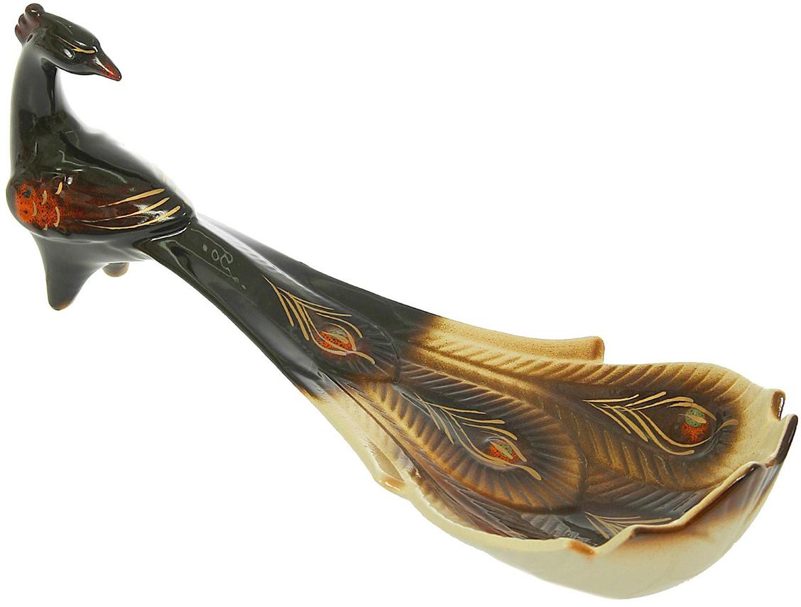 Конфетница Керамика ручной работы Павлин, цвет: черный1343761Ваза для конфет украсит любую квартиру, дачу или офис. Преподнести её в качестве подарка друзьям или близким – отличная идея. Необычный дизайн и расцветка может вписаться в любой интерьер и стать его уникальным акцентом. Вещь предназначена для подачи конфет, сухофруктов или восточных сладостей.