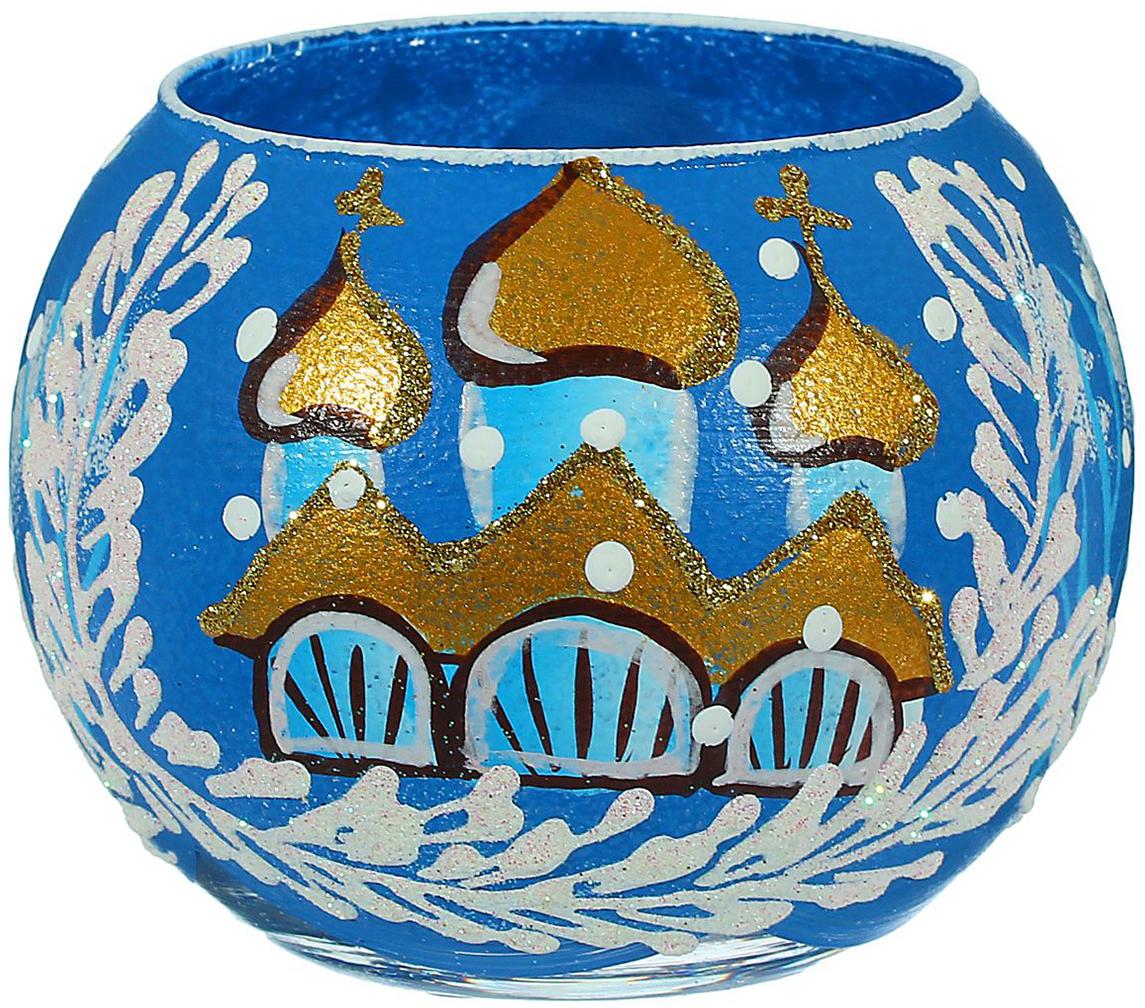 Ваза-подсвечник Зимняя церковь, цвет: синий, 10 см1466246В чём волшебство Нового года? В чарующих праздничных огоньках! Оригинальная ваза- подсвечник с ручной росписью создаст в помещении тёплую уютную атмосферу. Простоустановите в вазочке свечу, зажгите её и наслаждайтесь прелестью зимних праздников. Эта ваза - универсальное украшение, используйте её как подсвечник или как сосуд для цветов иблестящих декоративных веточек. Изделие выдувается мастером, затем на него наносится роспись. Хрупкий материал икропотливые детали превращают каждую вазу в произведение творчества, вторую такую же ненайти. Этот аксессуар станет уникальным новогодним подарком. Порадуйте себя и близкихсказочным настроением!