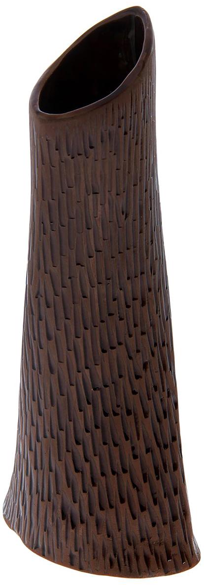 Ваза Керамика ручной работы Торнадо, цвет: темно-коричневый, тиснение под кожу1475892Ваза - сувенир в полном смысле этого слова. И главная его задача - хранить воспоминание о месте, где вы побывали, или о том человеке, который подарил данный предмет. Преподнесите эту вещь своему другу, и она станет достойным украшением его дома. Каждому хозяину периодически приходит мысль обновить свою квартиру, сделать ремонт, перестановку или кардинально поменять внешний вид каждой комнаты. Ваза - привлекательная деталь, которая поможет воплотить вашу интерьерную идею, создать неповторимую атмосферу в вашем доме. Окружите себя приятными мелочами, пусть они радуют глаз и дарят гармонию.