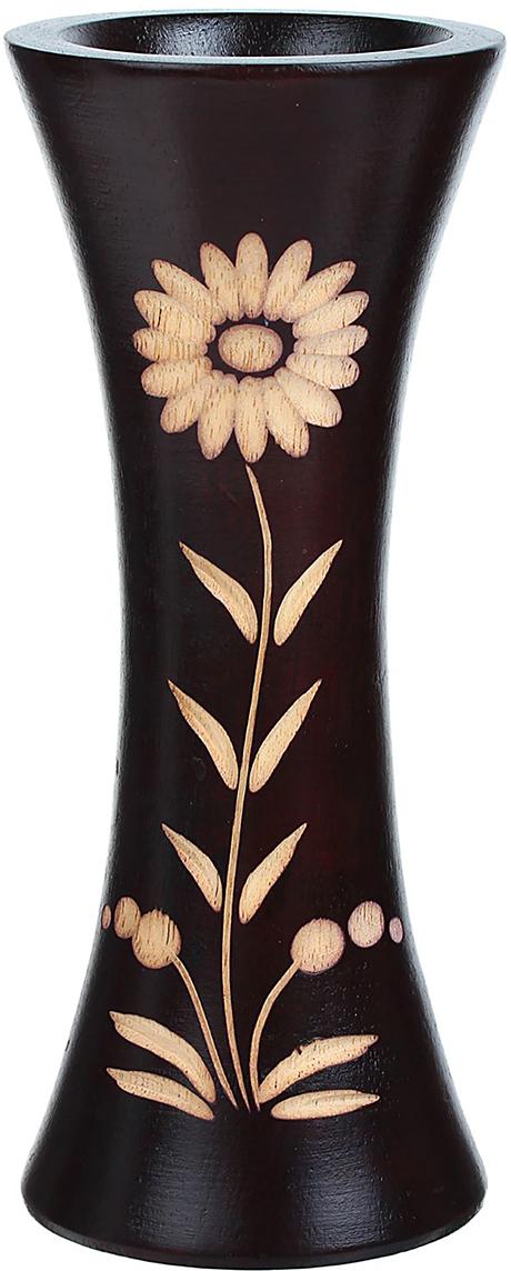 """Ваза """"Ромашка"""" - изысканный аксессуар из дерева, который привносит в интерьер неповторимость, лёгкость и изящество. Она практична и эстетична, делает обстановку разнообразнее и оригинальнее. Экзотический сосуд будет наиболее удачно смотреться в прихожей, гостиной или спальне. Поставьте в вазу цветы или декоративные ветки, и помещение преобразится. Кроме того, такая вещь станет уместным подарком новосёлу или другу, который ценит уют."""
