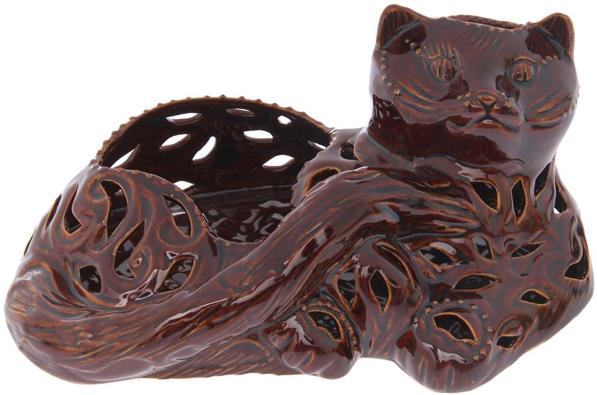 Конфетница Керамика ручной работы Маркиз, цвет: коричневый1502113Ваза для конфет украсит любую квартиру, дачу или офис. Преподнести её в качестве подарка друзьям или близким – отличная идея. Необычный дизайн и расцветка может вписаться в любой интерьер и стать его уникальным акцентом. Вещь предназначена для подачи конфет, сухофруктов или восточных сладостей.