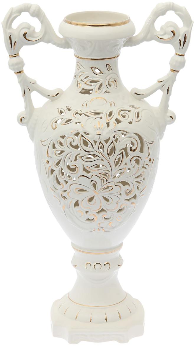 """Ваза напольная """"Флорена"""" белая, резка - отличный способ подчеркнуть общий стиль интерьера. Существует множество причин иметь такой предмет дома. Вот лишь некоторые из них: Формирование праздничного настроения. Можно украсить вазу к Новому году гирляндой, тюльпанами на 8 марта, розами на день Святого Валентина, вербой на Пасху. За счёт того, что это заметный элемент интерьера, вы легко и быстро создадите во всём доме праздничное настроение. Заполнение углов, подиумов, ниш. Таким образом можно сделать обстановку более уютной и многогранной. Создание групповой композиции. Если позволяет площадь пространства, разместите несколько ваз так, чтобы они сочетались по стилю или цветовому решению. Это придаст обстановке более завершённый вид. Подходящая форма и стиль этого предмета подчеркнут достоинства дизайна квартиры. Ваза может стать отличным подарком по любому поводу, ведь такой элемент интерьера практичен и способен каждый день создавать хорошее настроение!"""