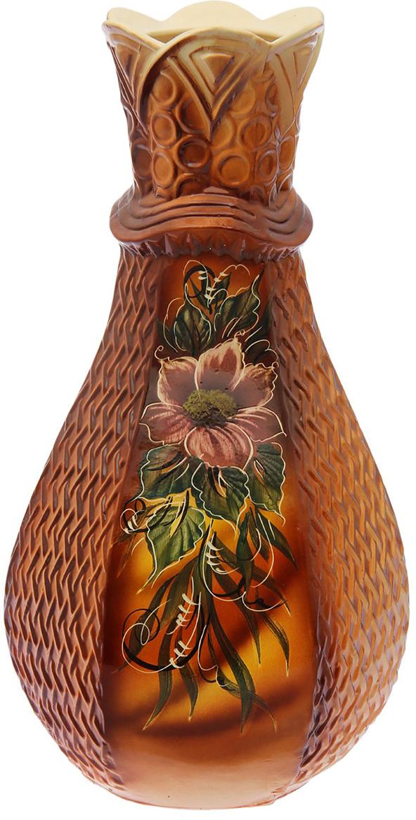 Ваза напольная Керамика ручной работы Фиона, цвет: коричневый1654796Это ваза - отличный способ подчеркнуть общий стиль интерьера. Существует множество причин иметь такой предмет дома. Вот лишь некоторые из них: Формирование праздничного настроения. Можно украсить вазу к Новому году гирляндой, тюльпанами на 8 марта, розами на день Святого Валентина, вербой на Пасху. За счёт того, что это заметный элемент интерьера, вы легко и быстро создадите во всём доме праздничное настроение. Заполнение углов, подиумов, ниш. Таким образом можно сделать обстановку более уютной и многогранной. Создание групповой композиции. Если позволяет площадь пространства, разместите несколько ваз так, чтобы они сочетались по стилю или цветовому решению. Это придаст обстановке более завершённый вид. Подходящая форма и стиль этого предмета подчеркнут достоинства дизайна квартиры. Ваза может стать отличным подарком по любому поводу, ведь такой элемент интерьера практичен и способен каждый день создавать хорошее настроение!