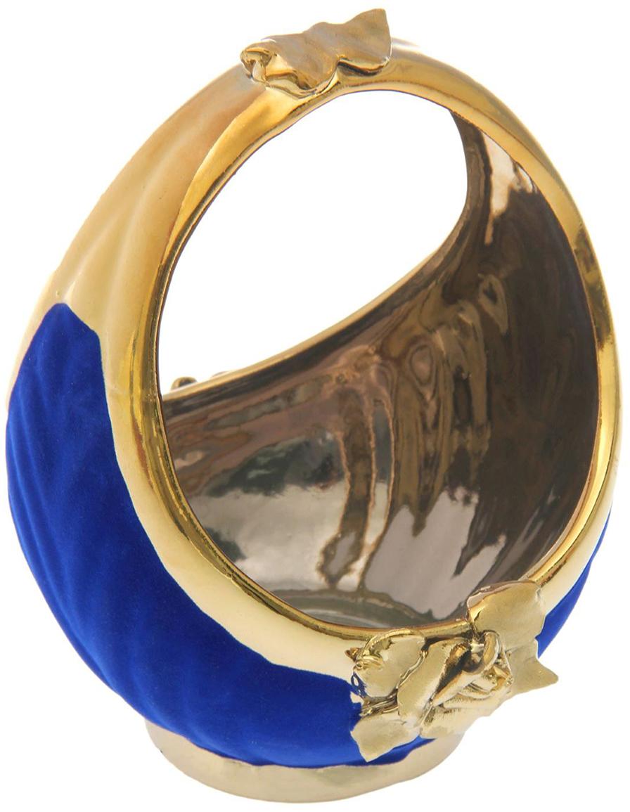 Конфетница Керамика ручной работы Лукошко, цвет: синий1848093Ваза для конфет украсит любую квартиру, дачу или офис. Преподнести её в качестве подарка друзьям или близким – отличная идея. Необычный дизайн и расцветка может вписаться в любой интерьер и стать его уникальным акцентом. Вещь предназначена для подачи конфет, сухофруктов или восточных сладостей.