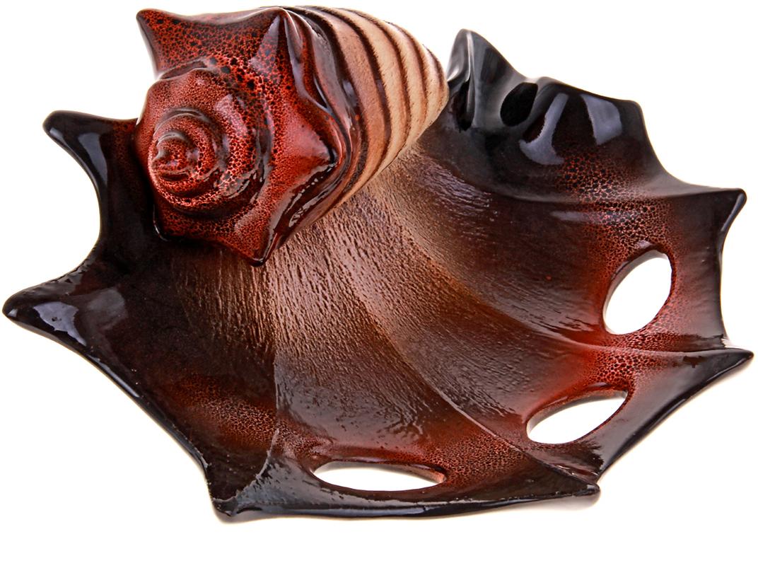 Ваза Керамика ручной работы Ракушка, цвет: темно-коричневый196363Ваза из керамики не только станет прекрасным элементом декора помещения, но и сохранит свежесть вашего букета на долгое время. Подобно термосу, керамические сосуды сохраняют воду прохладной даже при высокой внешней температуре. Доказано, в керамической вазе цветы стоят почти в 2 раза дольше.