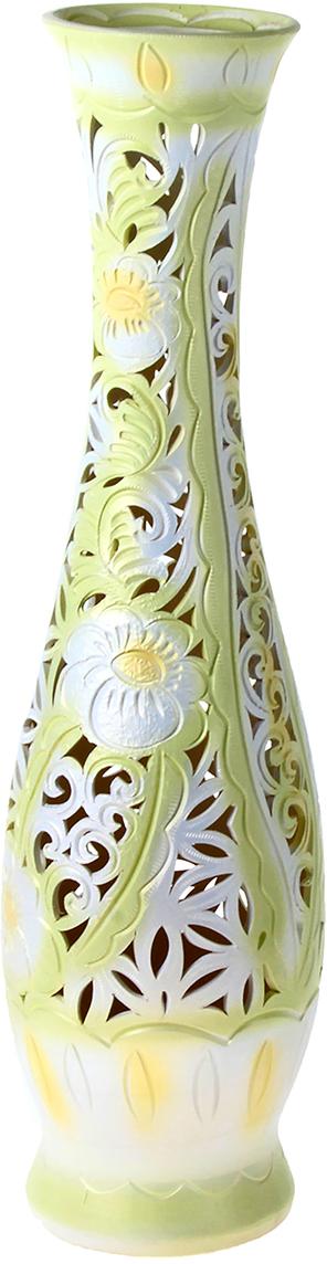 Ваза напольная Керамика ручной работы Грация, цвет: зеленый, резка198660Это ваза - отличный способ подчеркнуть общий стиль интерьера. Существует множество причин иметь такой предмет дома. Вот лишь некоторые из них: Формирование праздничного настроения. Можно украсить вазу к Новому году гирляндой, тюльпанами на 8 марта, розами на день Святого Валентина, вербой на Пасху. За счёт того, что это заметный элемент интерьера, вы легко и быстро создадите во всём доме праздничное настроение. Заполнение углов, подиумов, ниш. Таким образом можно сделать обстановку более уютной и многогранной. Создание групповой композиции. Если позволяет площадь пространства, разместите несколько ваз так, чтобы они сочетались по стилю или цветовому решению. Это придаст обстановке более завершённый вид. Подходящая форма и стиль этого предмета подчеркнут достоинства дизайна квартиры. Ваза может стать отличным подарком по любому поводу, ведь такой элемент интерьера практичен и способен каждый день создавать хорошее настроение!