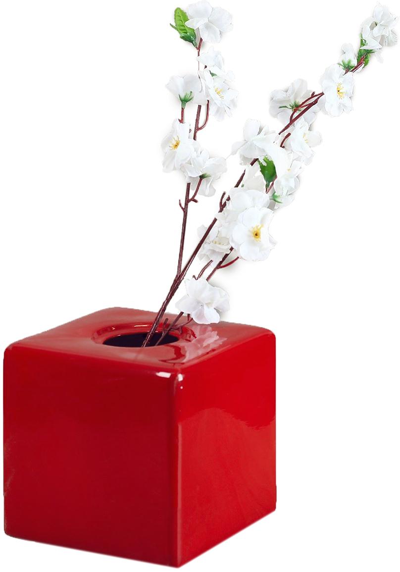 Ваза Керамика ручной работы Куб, цвет: красный2463181Ваза - сувенир в полном смысле этого слова. И главная его задача - хранить воспоминание о месте, где вы побывали, или о том человеке, который подарил данный предмет. Преподнесите эту вещь своему другу, и она станет достойным украшением его дома. Каждому хозяину периодически приходит мысль обновить свою квартиру, сделать ремонт, перестановку или кардинально поменять внешний вид каждой комнаты. Ваза - привлекательная деталь, которая поможет воплотить вашу интерьерную идею, создать неповторимую атмосферу в вашем доме. Окружите себя приятными мелочами, пусть они радуют глаз и дарят гармонию.