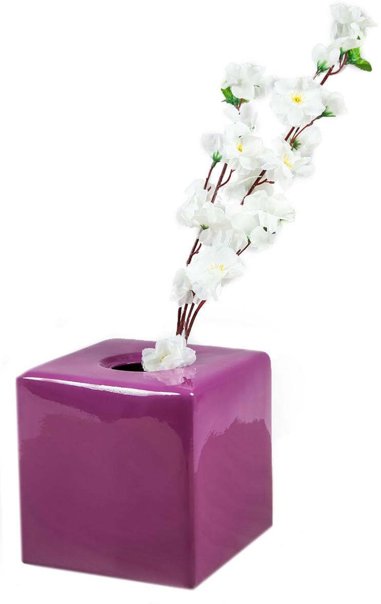 Ваза Керамика ручной работы Куб, цвет: фиолетовый2463182Ваза - сувенир в полном смысле этого слова. И главная его задача - хранить воспоминание о месте, где вы побывали, или о том человеке, который подарил данный предмет. Преподнесите эту вещь своему другу, и она станет достойным украшением его дома. Каждому хозяину периодически приходит мысль обновить свою квартиру, сделать ремонт, перестановку или кардинально поменять внешний вид каждой комнаты. Ваза - привлекательная деталь, которая поможет воплотить вашу интерьерную идею, создать неповторимую атмосферу в вашем доме. Окружите себя приятными мелочами, пусть они радуют глаз и дарят гармонию.