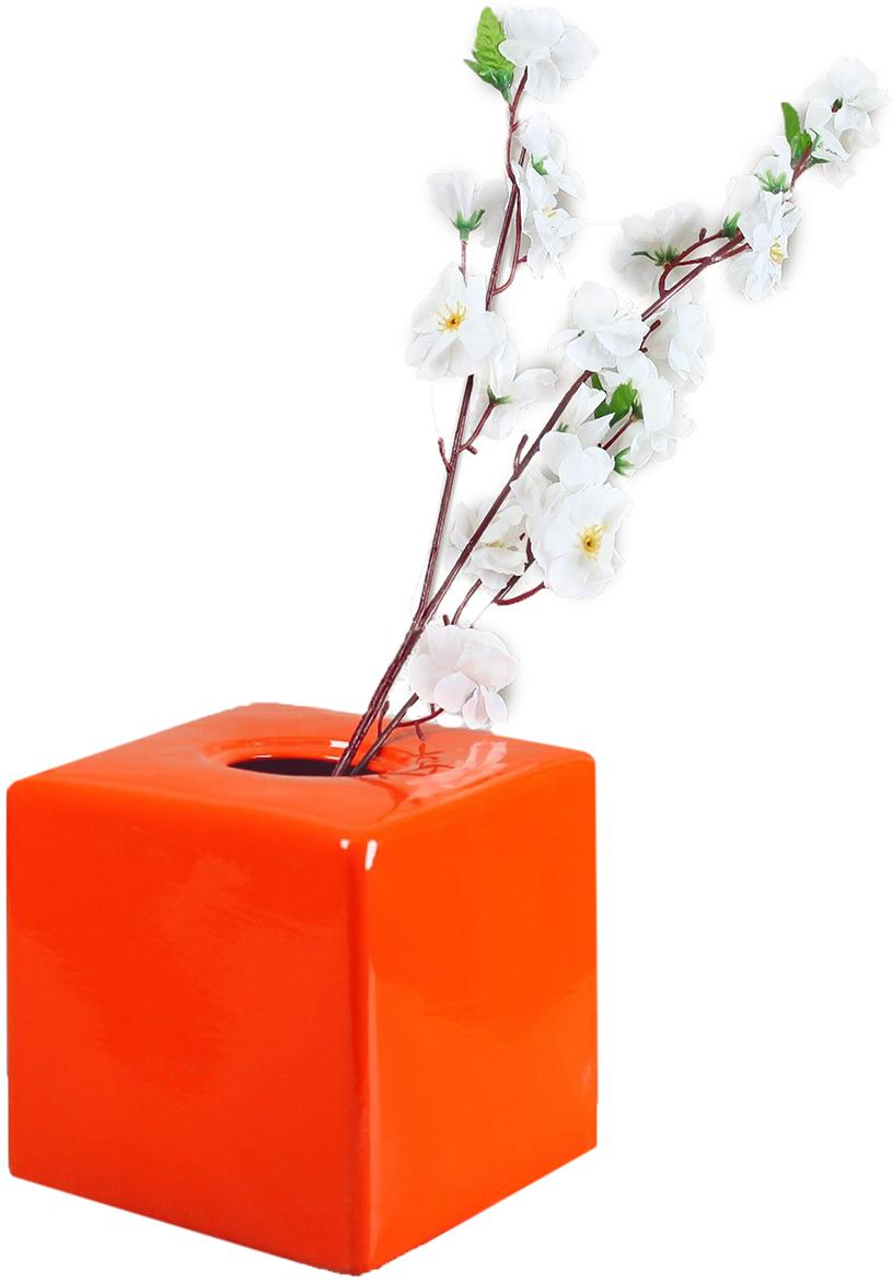 Ваза Керамика ручной работы Куб, цвет: оранжевый2463183Ваза - сувенир в полном смысле этого слова. И главная его задача - хранить воспоминание о месте, где вы побывали, или о том человеке, который подарил данный предмет. Преподнесите эту вещь своему другу, и она станет достойным украшением его дома.Каждому хозяину периодически приходит мысль обновить свою квартиру, сделать ремонт, перестановку или кардинально поменять внешний вид каждой комнаты. Ваза - привлекательная деталь, которая поможет воплотить вашу интерьерную идею, создать неповторимую атмосферу в вашем доме. Окружите себя приятными мелочами, пусть они радуют глаз и дарят гармонию.