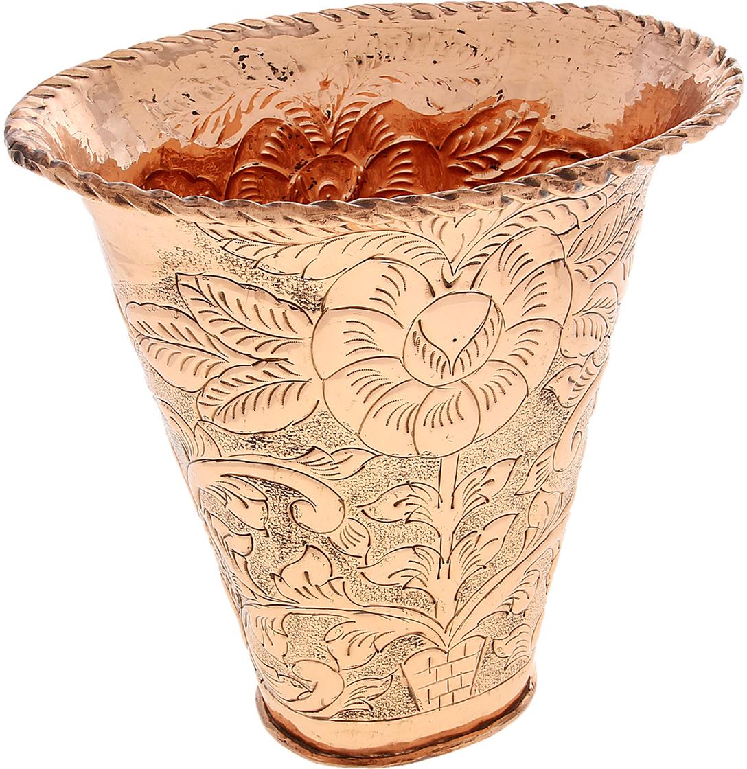 """Неспроста этот предмет называется именно вазон, Вы только посмотрите на его архитектурную форму, материал, размер и неподражаемый  орнамент, мастерски созданный искусными индийскими ремесленниками. Вазон """"Цветы"""" приглянется любой хозяйке, ценительнице  экзотических аксессуаров и даже настоящему «медному фанату». Прекрасное украшение интерьера и непревзойденный сосуд для цветов,  который обязательно будет притягивать восторженные взгляды Ваших гостей."""