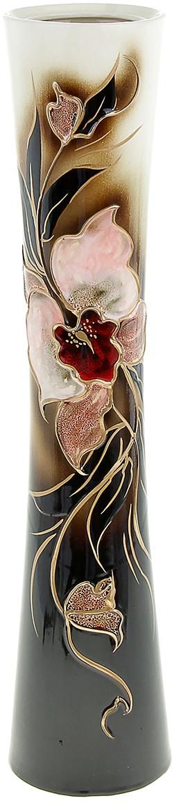 Ваза напольная Керамика ручной работы Кубок, цвет: черный, средняя830375Это ваза - отличный способ подчеркнуть общий стиль интерьера. Существует множество причин иметь такой предмет дома. Вот лишь некоторые из них: Формирование праздничного настроения. Можно украсить вазу к Новому году гирляндой, тюльпанами на 8 марта, розами на день Святого Валентина, вербой на Пасху. За счёт того, что это заметный элемент интерьера, вы легко и быстро создадите во всём доме праздничное настроение. Заполнение углов, подиумов, ниш. Таким образом можно сделать обстановку более уютной и многогранной. Создание групповой композиции. Если позволяет площадь пространства, разместите несколько ваз так, чтобы они сочетались по стилю или цветовому решению. Это придаст обстановке более завершённый вид. Подходящая форма и стиль этого предмета подчеркнут достоинства дизайна квартиры. Ваза может стать отличным подарком по любому поводу, ведь такой элемент интерьера практичен и способен каждый день создавать хорошее настроение!
