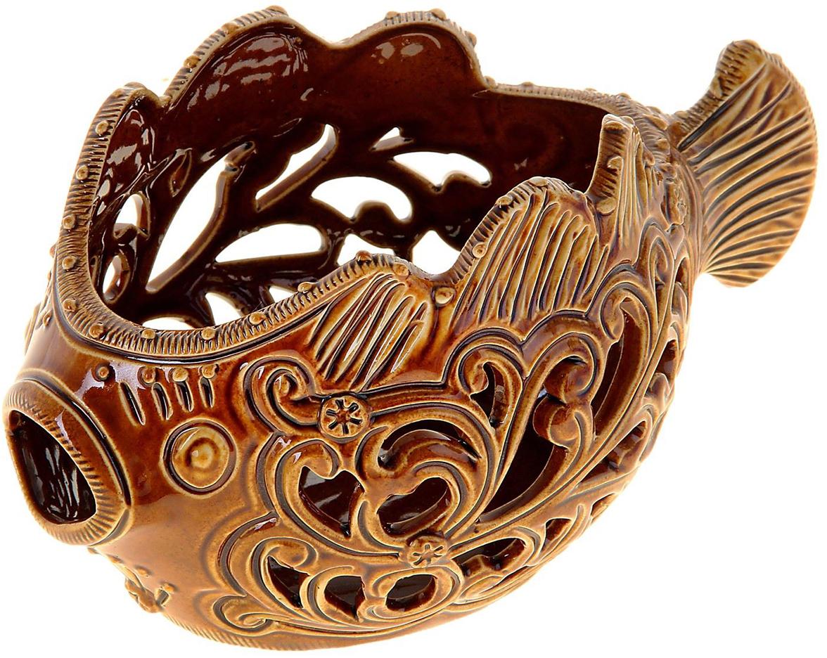 Конфетница Керамика ручной работы Рыба-шар, цвет: коричневый884492Ваза для конфет украсит любую квартиру, дачу или офис. Преподнести её в качестве подарка друзьям или близким – отличная идея. Необычный дизайн и расцветка может вписаться в любой интерьер и стать его уникальным акцентом. Вещь предназначена для подачи конфет, сухофруктов или восточных сладостей.
