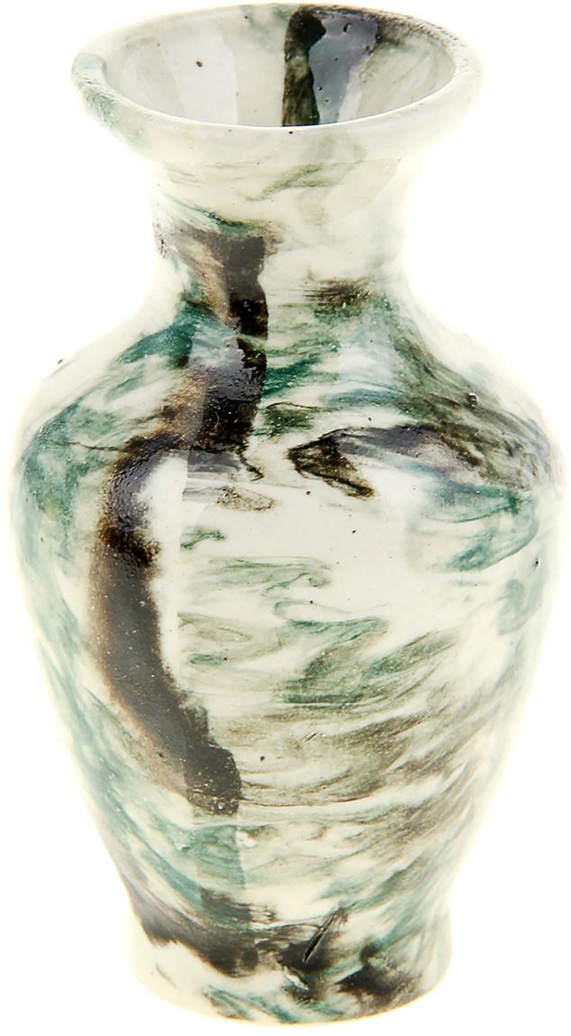 Ваза Керамика ручной работы Малахит, цвет: белый, 10 см909516Ваза Малахит украсит любую квартиру, дачу или офис. Преподнести её в качестве подарка друзьям или близким – отличная идея. Необычный дизайн и расцветка может вписаться в интерьер или стать его ярким, уникальным акцентом. Особые свойства керамики делают вазы из этого материала очень популярными. Цветы простоят дольше, потому что керамика отлично регулирует температуру. Вода останется прохладной даже при высокой температуре в помещении.