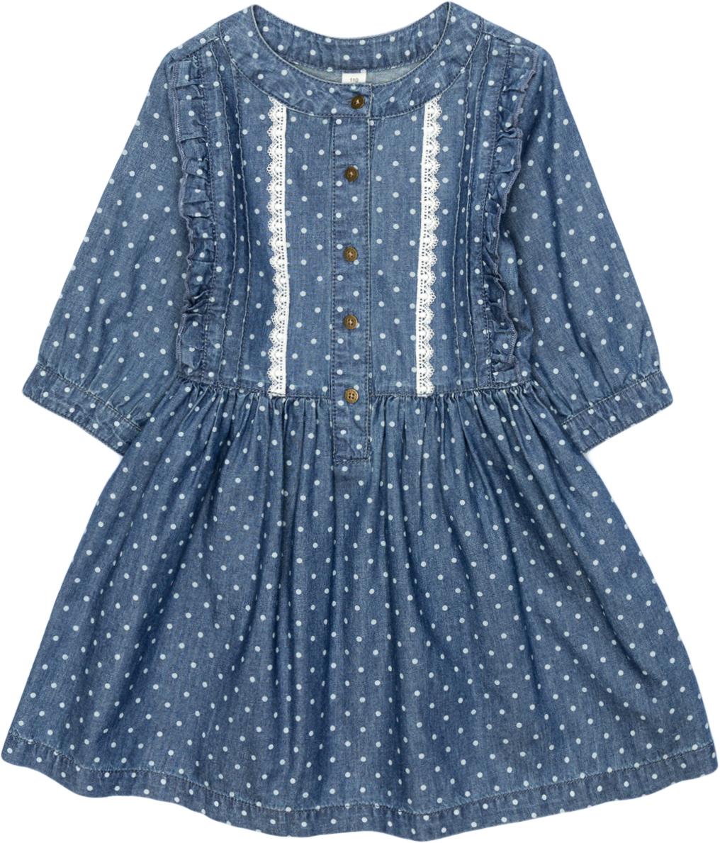 Платье для девочки Acoola Elf, цвет: синий. 20220200227_500. Размер 10420220200227_500Джинсовое платье в горошек, декорированное защипами, оборками и контрастным узким кружевом вдоль планки. Модель имеет приталенный силуэт, круглый вырез горловины, короткую планку с застежкой на пуговицы спереди. Рукава длиной три четверти с манжетами на пуговицах. Без подкладки.