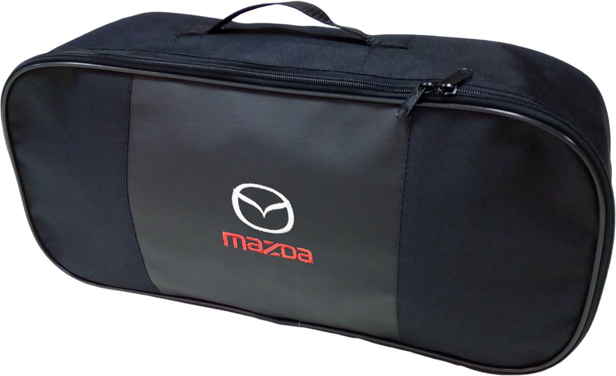 Набор аварийный в сумке Auto Premium, с логотипом Mazda + жилет светоотражающий, размер XL. 6745467454Набор аварийный в сумке Auto Premium оснащен базовыми элементами, которые необходимы каждому автолюбителю. Состав набора:- аптечка первой помощи автомобильная;- трос буксировочный 5т/пет/пакет;- огнетушитель порошковый ОП-2(з); - АВСЕ, с металлическим ЗПУ;- знак аварийной остановки; - сумка для набора техосмотра Премиум со вставкой из экокожи и вышивкой; - жилет сигнальный со светоотражающими полосами, размер XL.Размер сумки: 47 х 21 х 13 см.