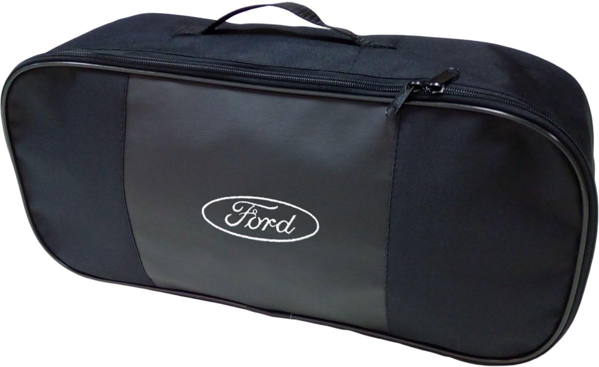 Набор аварийный в сумке Auto Premium, с логотипом Ford + жилет светоотражающий, размер XL. 6745667456Автомобильный набор в сумке с логотипом оснащен базовыми элементами, которые необходимы каждому автолюбителю. Состав набора:- аптечка первой помощи автомобильная; - трос буксировочный 5т/пет/пакет;- Огнетушитель порошковый ОП-2(з) -АВСЕ, с металлическим ЗПУ;- знак аварийной остановки; - сумка для набора техосмотра Премиум со вставкой из экокожи и вышивкой. Размер сумки 47х21х13.- жилет сигланьный со светоотражающими полосами.