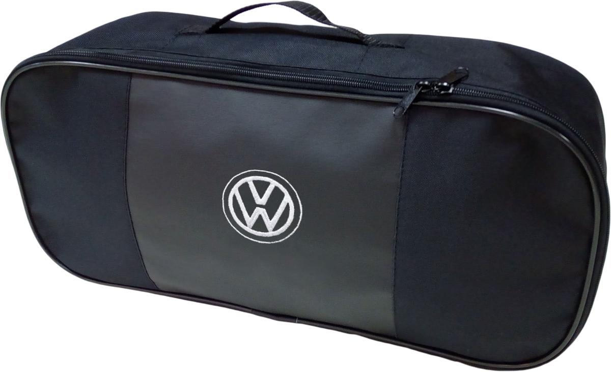 Набор аварийный в сумке Auto Premium, с логотипом Volkswagen + жилет светоотражающий, размер XL. 6746067460Набор аварийный в сумке Auto Premium оснащен базовыми элементами, которые необходимы каждому автолюбителю. Состав набора:- аптечка первой помощи автомобильная;- трос буксировочный 5т/пет/пакет;- огнетушитель порошковый ОП-2(з); - АВСЕ, с металлическим ЗПУ;- знак аварийной остановки; - сумка для набора техосмотра Премиум со вставкой из экокожи и вышивкой; - жилет сигнальный со светоотражающими полосами, размер XL.Размер сумки: 47 х 21 х 13 см.