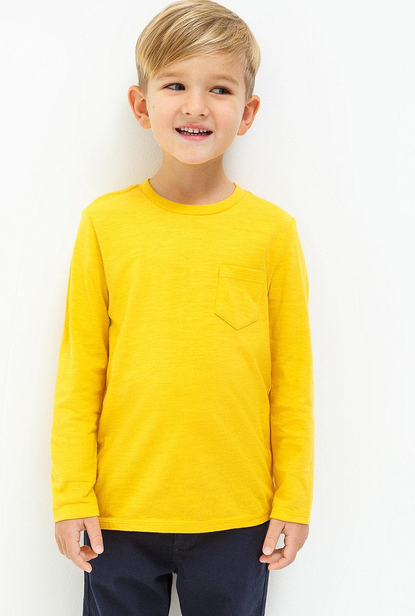 Джемпер для мальчика Acoola Otter, цвет: желтый. 20120110083_1200. Размер 11620120110083_1200Джемпер для мальчика, выполненный из натурального хлопка станет отличным дополнением к детскому гардеробу. Модель с длинными рукавами и круглым вырезом горловины дополнена нагрудным карманом.