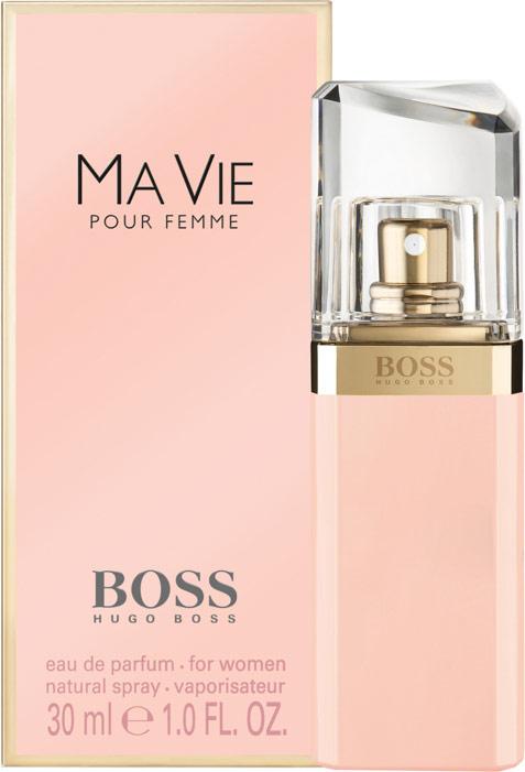 Hugo Boss Парфюмерная вода Ma Vie, женская, 30 мл04070Boss Ma Vie Pour Femme – красивый женский аромат, продолжающий цветочную коллекцию бренда Hugo Boss. Парфюм 2014 года имеет тот же флакон, что и его предшественники, но окрашен в розовый цвет. Эти духи предназначены для сильных, независимых, современных женщин, находящих возможность насладиться редкими мгновениями жизни – полетом бабочки, запахом цветка или прикосновением теплых лучей солнца к коже. Современность женщины отражают экзотические аккорды цветущего кактуса – ароматные и зеленые одновременно, они несут в себе двойственность – красоту и защищенность. Женственность олицетворяют нежные цветочные ноты – игристой фрезии, чувственного, пьянящего жасмина и трогательных бутонов розы. Ну а независимость отражена в базе парфюма, звучащем хвойными нотами кедра на фоне мягких древесных аккордов. Верхняя нота: Цветок кактуса. Средняя нота: Фрезия, роза, жасмин. Шлейф: Древесные ноты, кедр. Цветок куктуса - сильный, женственный, независимый. Дневной и вечерний аромат.Краткий гид по парфюмерии: виды, ноты, ароматы, советы по выбору. Статья OZON Гид