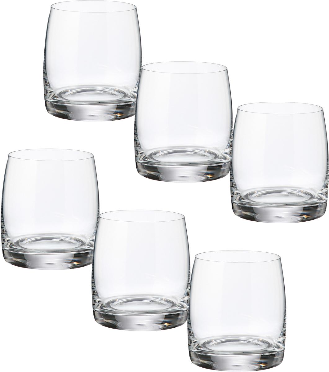 Набор бокалов для виски Bohemia Crystall Идеал, 290 мл, 6 шт25015`290Набор бокалов для виски Bohemia Crystall Идеал состоит из 6 бокалов, выполненных из богемского стекла.Богемское стекло - это дутое стекло, которое изготовляется в Чехии с незапамятных времен. Свое название это стекло унаследовало от названия местности Богемия, в котором много лет назад проживали кельтские племена. В Средние века монах Теофил придумал новую методику изготовления богемского стекла при помощи добавления в состав буковой золы и кремниевого песка. В XV - XVI веках появляется цветное богемское стекло. Стеклодувы получали различные оттенки материала путем добавления в состав различных минералов: фосфор, золото, марганец, оксид железа, титан и другие. Сегодня эта чешская продукция славится за соединение многовековых традиций и новейших веяний в области дизайна. Богемское стекло и хрусталь всегда в моде. Купив их, вы точно не ошибетесь.