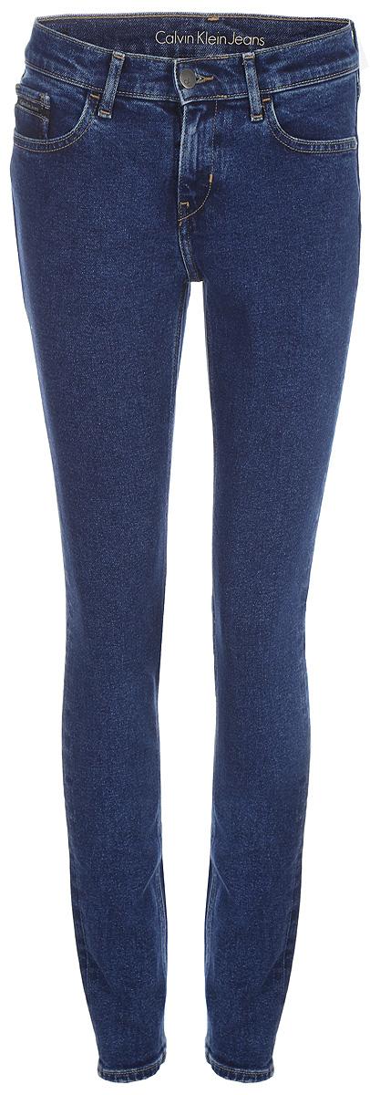 Джинсы женские Calvin Klein Jeans, цвет: синий. J20J206579_9113. Размер 30 (46/48) джинсы женские dkny j3410010 jeans