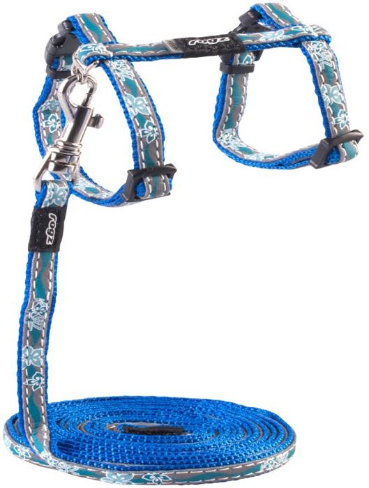 Комплект для кошек Rogz NightCat: шлейка, поводок, цвет: голубой. Размер SCLJ08BБезопасная, легко раскрывающаяся застежка не повредит шёрстку кошки.Специально разработанный замок легко расстегивается при натяжении, если это необходимо. Например, если ваш питомец застрял на дереве или на заборе.Уникальная система, присущая только продукции Rogz для кошек, позволяет регулировать степень легкости раскрытия замка при различных нагрузках на замок (в зависимости от размера, веса и степени активности животного).Использованные в изделиях светоотражающие материалы обеспечивают хорошую видимость животного в темное время суток, а значит - его безопасность.