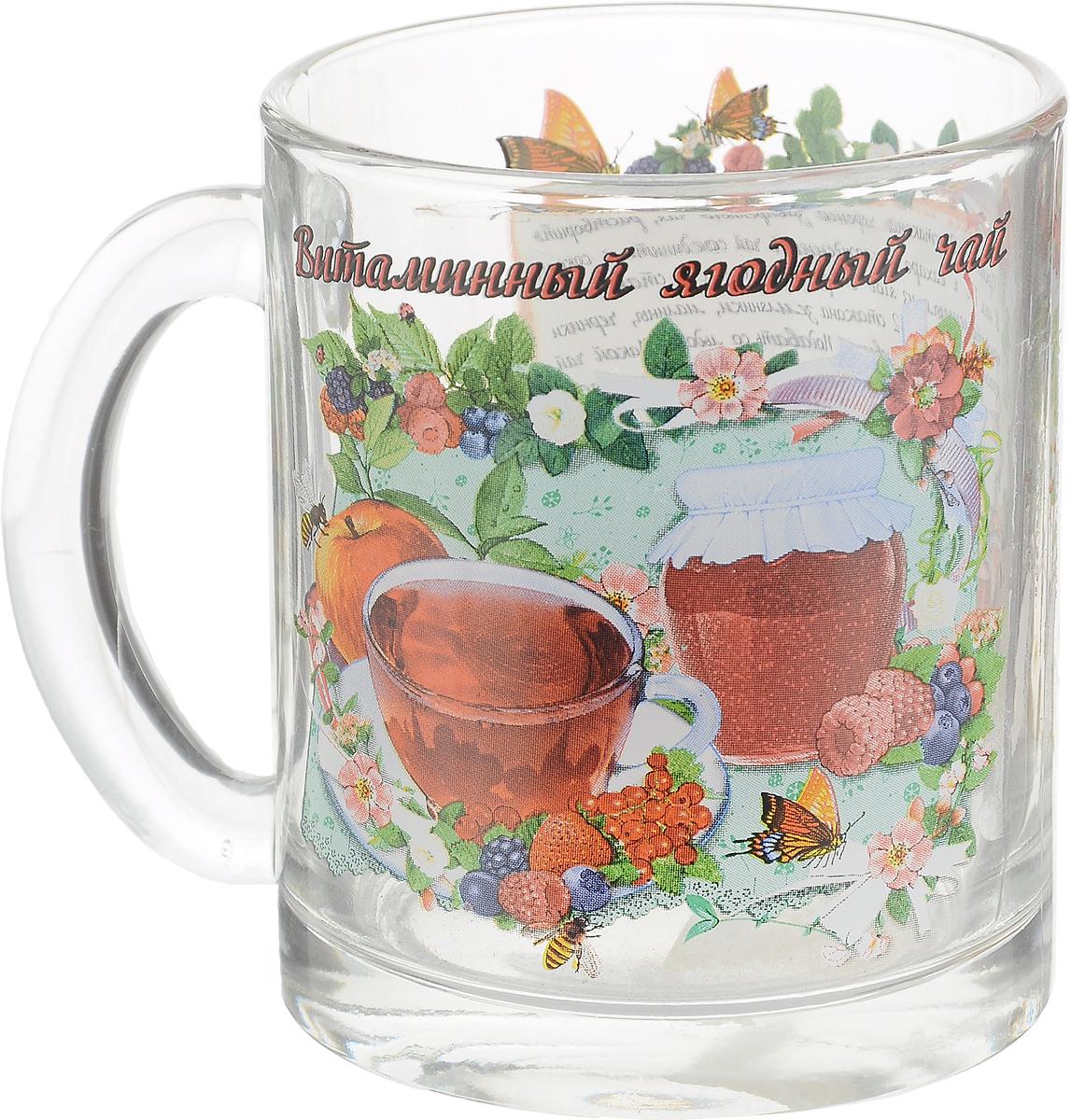 """Кружка чайная Квестор """"Витаминный ягодный чай"""" изготовлена из бесцветного стекла и украшена ярким рисунком и рецептом приготовления витаминного ягодного чая. Идеально подходит для сервировки стола. Кружка не только украсит ваш кухонный стол, но подчеркнет прекрасный вкус хозяйки.  Диаметр кружки (по верхнему краю): 8 см.  Диаметр основания: 8 см.  Ширина кружки с учетом ручки: 12 см.  Высота кружки: 9,5 см. Объем кружки: 320 мл."""