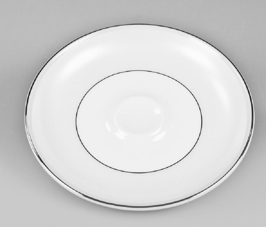 Блюдце чайное Nikko Жемчужина, диаметр 14,5 смРП-12332-2231Чайное блюдцеNikko выполнено из утонченного и изысканного костяного фарфора. Костяной фарфор NIKKO - наиболее совершенный. Среди профессионалов считается, что по качеству и красоте аналогов такого фарфора нет. Своим чистым белым цветом и прозрачностью японский фарфор завоевал отличную репутацию и первое место по продажам на мировом рынке.Блюдце Nikko может создать атмосферу на вашем столе и превратить повседневную еду в праздник!