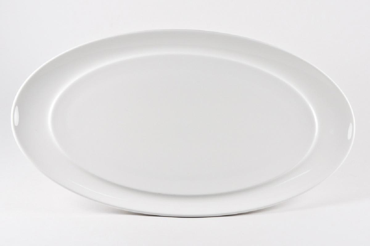 Блюдо Royal Porcelain Гонг, овальное, 20 х 36 смРП-8711Блюдо Royal Porcelain изготовлено из высококачественного костяного фарфора. Основными достоинствами изделий из костяного фарфора являются прочность и абсолютно гладкая глазуровка. Блюдо имеет специальную форму, которая идеально подходит для сервировки рыбы, а также нарезок и закусок.Изящное блюдо Royal Porcelain великолепно украсит праздничный стол и станет прекрасным дополнением к вашему кухонному инвентарю.Можно мыть в посудомоечной машине. Размер блюда (по верхнему краю): 20 х 36 см.