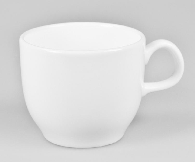 Чашка чайная Narumi, 140 млРП-9795-2260Обозначение «Bone China» соответствует утонченному и изысканному костяному фарфору, популярность которого сейчас высока как никогда. Посуда из костяного фарфора этой фирмы имеет оригинальные формы, которые выделяют его среди продукции других фабрик. Продукцию этой фабрики характеризует значительная доля высококвалифицированного ручного труда, именно поэтому фарфор представляет собой высокий уровень, проявляющийся в изделиях для повседневного использования и праздничных ситуациях. Строгому контролю подвергаются все стадии подготовки сырьевого материала. Точно подготовленная смесь сырья является основной для получения после обжига высококачественных и стойких фарфоровых изделий, имеющих характерный блеск и прозрачную белизну на коле фарфора. Объединение ручного мастерства и дизайнерской идеи создает декоры, которые подчёркивают особую индивидуальность каждой формы. Сам процесс изготовления также сопровождается контролем качества на всех стадиях. Наряду с нанесением золотой, либо серебряной кромки на посуде вручную для многих декоров применяется особая традиционная техника печати. С помощью выполненных вручную штампов наносятся тонкие орнаменты из драгоценных металлов. Для получения характерного матового (шёлкового) блеска драгоценные металлы на изделиях полируются вручную .После совершения примерно 70 ручных рабочих операций каждый предмет проходит процесс финального контроля, при котором особенно тщательно проверяется его качество как целого изделия. В продажу поступает фарфор только высокого качества, отличающий уже много лет традиционную марку «NARUMI»Костяной фарфор фабрики «NARUMI» можно мыть в посудомоечной машине.
