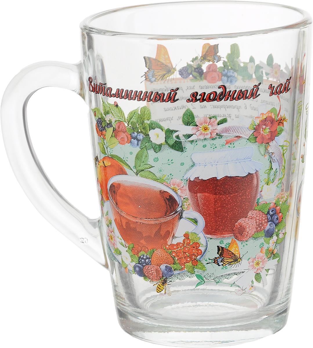 """Кружка чайная Квестор """"Каппучино. Витаминный ягодный чай"""" изготовлена из бесцветного стекла и украшена ярким рисунком и рецептом приготовления витаминного ягодного чая. Идеально подходит для сервировки стола.Кружка не только украсит ваш кухонный стол, но подчеркнет прекрасный вкус хозяйки. Диаметр кружки (по верхнему краю): 8 см. Диаметр основания: 6 см. Ширина кружки с учетом ручки: 11 см. Высота кружки: 11 см.Объем кружки: 300 мл."""