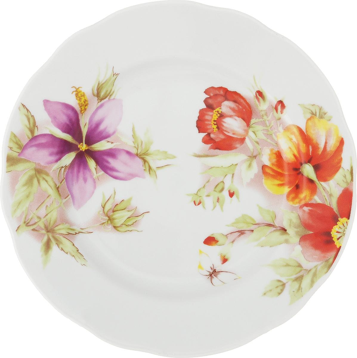 Тарелка мелкая Дулевский Фарфор Альпийские цветы, диаметр 20 см063572Тарелка мелкая Дулевский Фарфор Альпийские цветы выполнена из высококачественного фарфора, покрытого глазурью. Изделие дополнено красочным рисунком, а так же имеет вырезной край. Тарелку можно использовать для сервировки различных блюд.