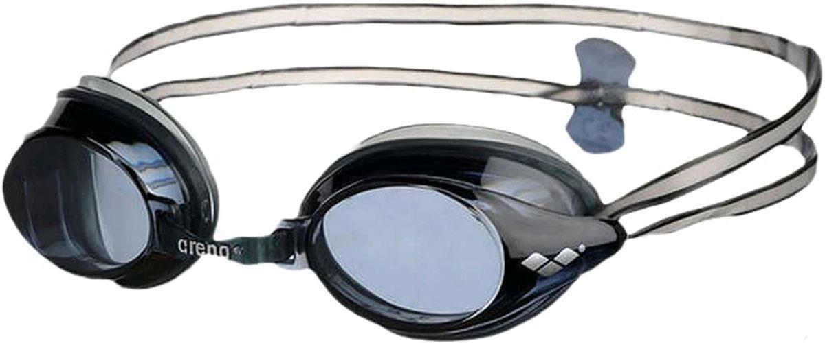 Очки для плавания Arena Drive 3, цвет: черный, серыйУТ-00009522Очки Drive 3 - классические тренировочные очки. Жесткие поликарбонатные линзы обеспечивают четкий, неискаженный вид под водой. Уплотнитель из мягкого гипоаллергенного силикона - превосходная посадка и комфорт. Сменные носовые дужки для идеальной подгонки. Двойной ремешок регулируется сзади при помощи клипсы и позволяет надежно фиксировать очки на голове.Характеристики:Категория: взрослыеМатериал линз: поликарбонатУплотнитель: силиконПереносица: сменные носовые дужкиРемешок: регулирующийся, с затылочной клипсойРазмер: одинЦвет: Black/Smoke