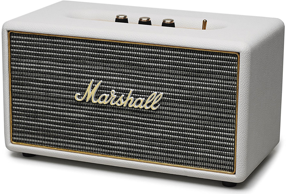 Marshall Stanmore, Cream акустическая системаStanmore CreamMarshall Stanmore – компактная акустическая система, созданная в классическом стиле Marshall по самым современным технологиям.Колонка совместима с большинством аудиоустройств, а небольшие размеры позволяют слушать музыку в любом месте. Для подключения можно использовать стандартный аудиоразъем 3,5 мм или Bluetooth-соединение. Marshall Stanmore радует совместимостью даже с Apple TV, а также другими устройствами, которые имеют оптический выход.С виду скромные динамики производят мощный детализированный звук даже при максимальном уровне громкости. Marshall Stanmore снабжена аналоговыми регуляторами, дающими возможность производить пользовательскую настройку звука при прослушивании любимых музыкальных композиций. Акустическая система Stanmore работает как в стандартном, так и в энергосберегающем режимах, и представлена в трех цветовых вариантах исполнениях: классический черный, винтажный коричневый и нежный бежевый.Легендарная акустика Marshall Stanmore – это возврат к золотым временам Rock'n'Roll. Это прекрасное решение для тех, кто ищет качественный звук. Звук высшей пробы, которым многие годы славится вся продукция компании Marshall.